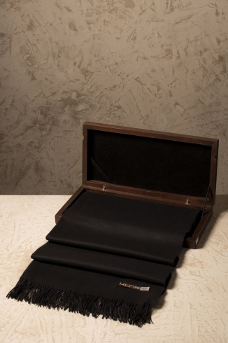 basel_black_vicuna_scarf_in_box_1731780006