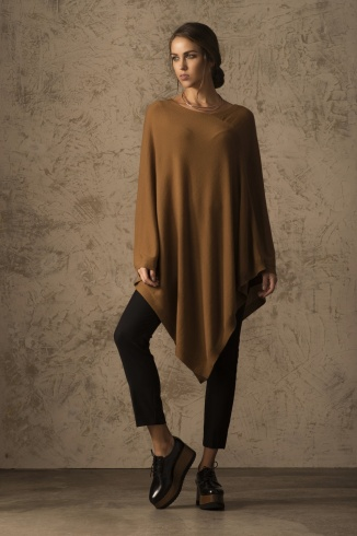 beryl_poncho_vicunia_camel_women_front_1_407841245