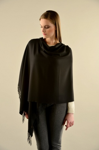 bellinzona_vicunia_shawl_black_women2_1031909916